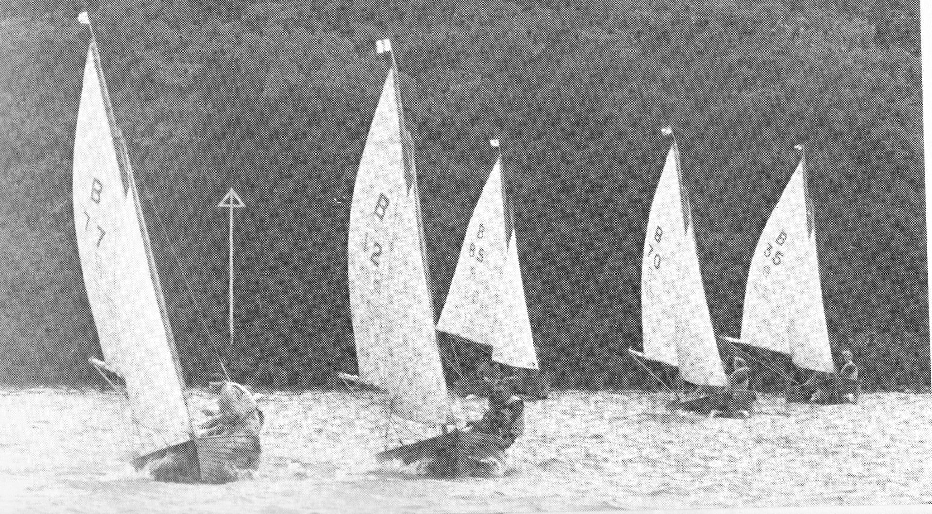 Norfolk Dinghies in action at Wroxham Broad Sep 1981 (1)